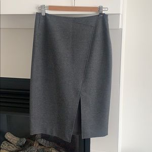 Aritzia Babaton grey pencil skirt